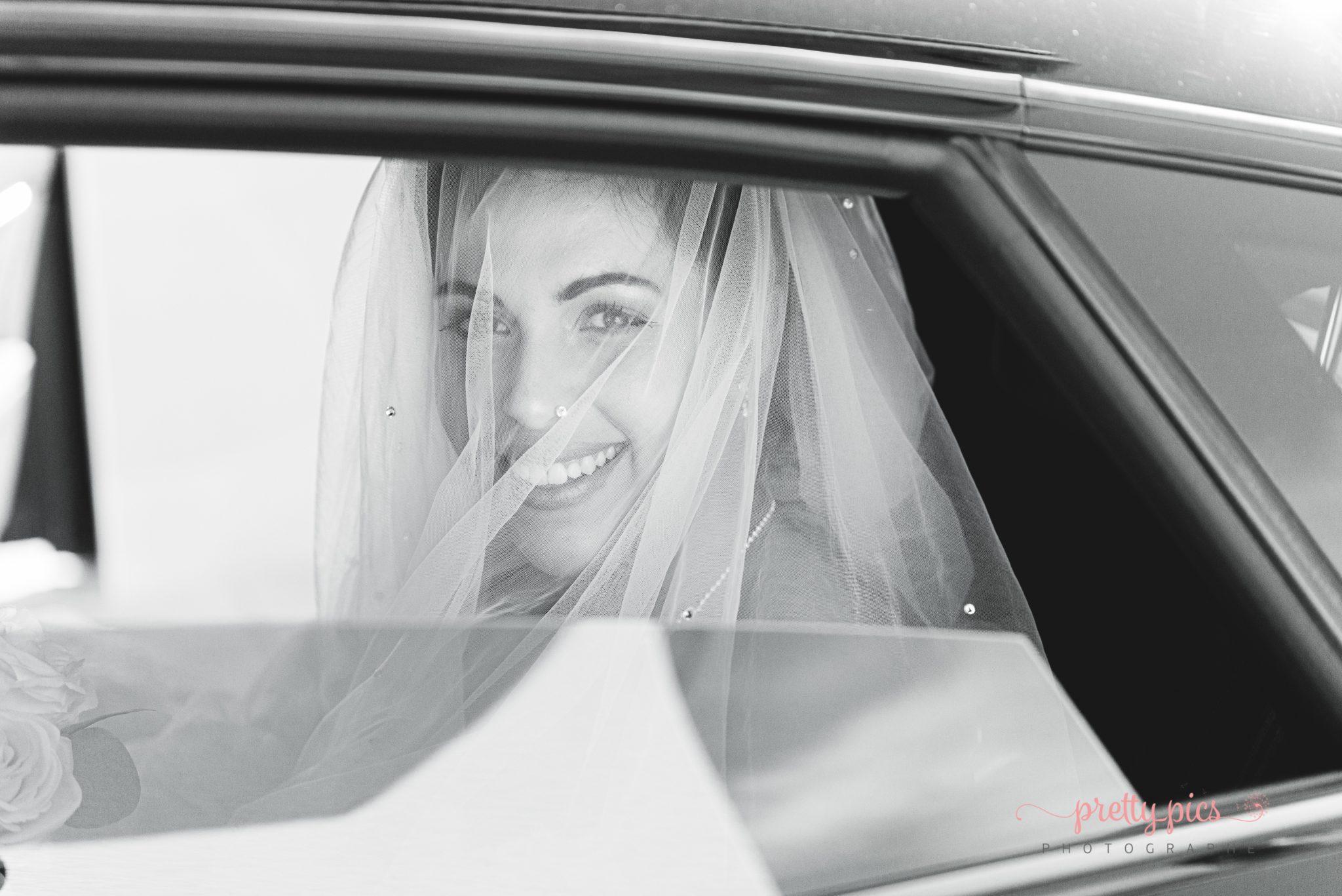 Laurie, départ en voiture